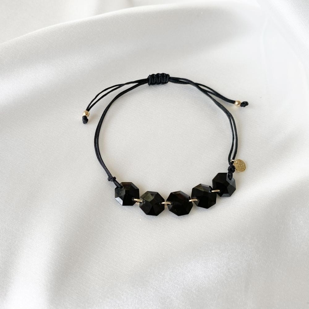 Bransoletka sznurkowa LARA z czarnymi kryształami Swarovskiego