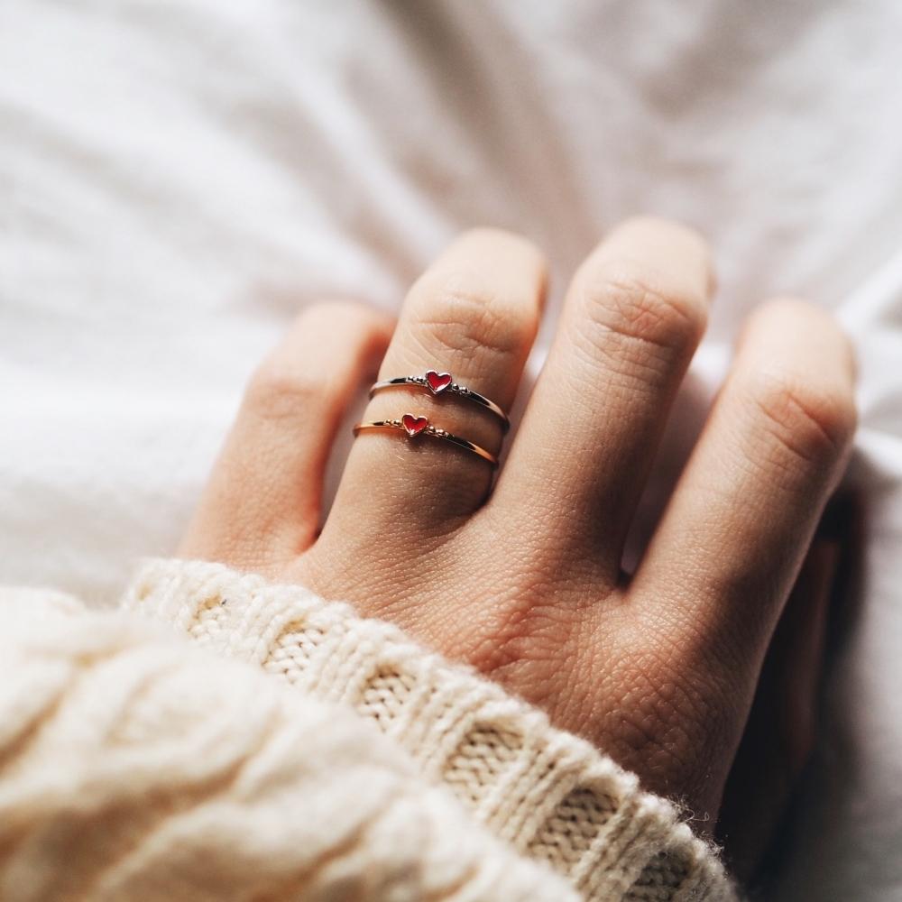 Pierścionek SUGAR srebrny pozłacany z serduszkiem